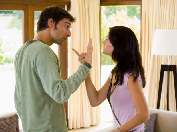 Sete erros de comunicação que os casais cometem