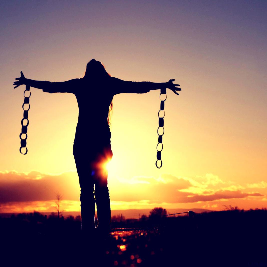 Rompendo Com Sofrimentos